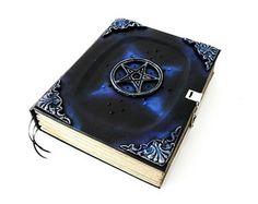 Grimório MAGIC BOOK, no tamanho 21x26 cm. Contém 350 páginas - (SEM PAUTAS). Grimoire MAGIC BOOK, size 21x26 cm. Contains 500 pages - (NO GUIDELINES ) . #bookofshadows #livrodassombras #grimório #grimoire #witches #witch #witchcraft #pagan #paganism #ritual #magick #godess #goddess #pagani #wicca #esoteric #occult #ocultism #bruxaria #bruxa #bruxaria #pagão #paganismo #ocultismo #magia #esotérico #pagancrafts #paganideas #medieval