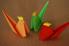 Are you looking for a nice table decoration for Easter? Easter origami might be what you were looking for!