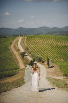 Marissa at Villa Dievole in Tuscany. London and destination wedding photographer Rik Pennington.