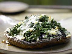 Gefüllte Portobello-Pilze - mit Spinat und Marsala - smarter - Kalorien: 192 Kcal - Zeit: 30 Min. | eatsmarter.de