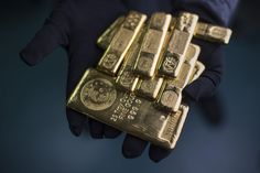 Gold Bulls Run for $1,400 as Turmoil in Ukraine Spurs Demand