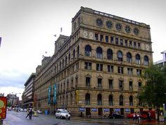 Britannia Hotel Manchester - Manchester cotton warehouses - Wikipedia India House, Portland Street, Palazzo Style, City Gallery, Manchester England, Salford, Brick Building, Civil Engineering, Travel And Tourism