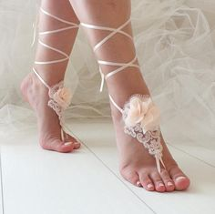 EXPRESS SHIPPING Bridal anklet Blush Flowers Lace Beach