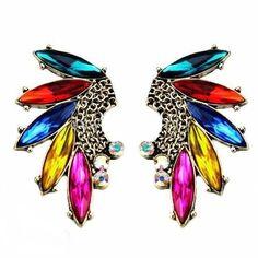 Beautiful elegant Earrings with stud backing.