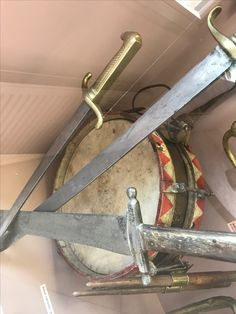 Austrian drum 1866 with Prussian and Austrian daggers