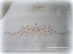 New Embroidery Designs By Hand Free Tutorials Ideas New Embroidery Designs, Baby Embroidery, Silk Ribbon Embroidery, Hand Embroidery Patterns, Cross Stitch Embroidery, Machine Embroidery, Embroidered Pillowcases, Brazilian Embroidery, Crochet Cross