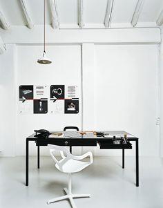 DESALTO > tavoli > helsinki office > helsinki 30 office > acciaio