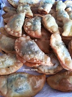 Greek Recipes, Stuffed Mushrooms, Meat, Chicken, Vegetables, Food, Stuff Mushrooms, Essen, Greek Food Recipes