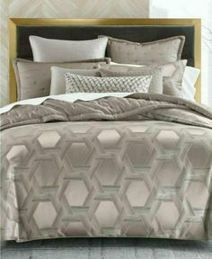 Hotel Collection Honeycomb Trellis KING Duvet Cover Warm Gray #HotelCollection #Contemporary Queen Comforter Sets, King Duvet, Queen Duvet, Hotel Collection Bedding, Stylish Beds, Bedroom Sets, Master Bedroom, Bedrooms, Glam Bedroom