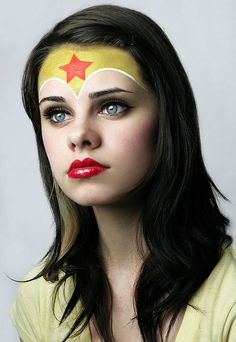 wonder woman- inspiration for Jo's halloween make up