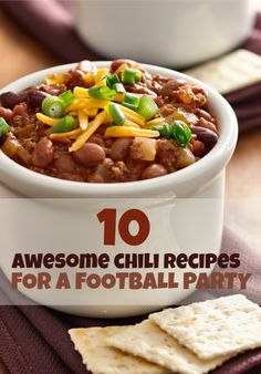 Football Party Ideas - 10 Awesome Chili Recipes www. Shrimp creamy pasta EASY Soft Honey Oat Bread: the top is brushed w war. Best Chili Recipe, Chili Recipes, Crockpot Recipes, Soup Recipes, Cooking Recipes, Copycat Recipes, Ww Recipes, Kitchen Recipes, Fall Recipes