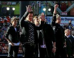 Single Ladies.. Put your hands up! Lol.