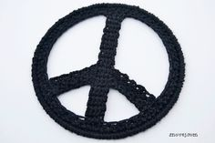 Crochet Peace Sign free pattern by Snovej