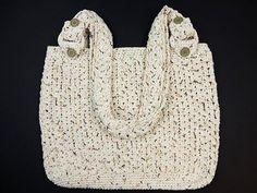 Crochet: Bolso Casual, My Crafts and DIY Projects Supernatural Style Lidia Crochet Tricot, Crochet Lace, Crochet Handbags, Crochet Purses, Knitting Videos, Crochet Videos, Crochet Stitches Patterns, Crochet Designs, Crochet Projects To Sell