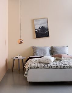 Styling by susanna vento, photo by kristiina kurronen. bedroom styles, home bedroom, Interior Flat, Home Interior, Interior Design, Home Bedroom, Bedroom Decor, Bedrooms, Pink Bathroom Tiles, Scandi Living, Pink Color Schemes
