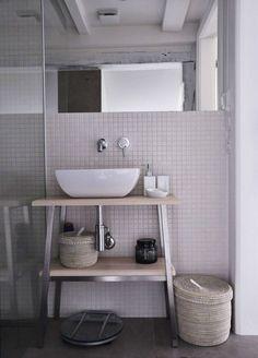 Modern elegant bathroom in neutral color scheme