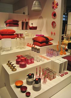 I imagine this visual merchandising could look fantastic with our cream, red or stainless steel product ranges
