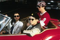 Matthew Broderick, Alan Ruck & Mia Sara Ferris Bueller's Day Off Photo A Teen Movies, Iconic Movies, Great Movies, Movie Tv, Awesome Movies, Mia Sara, Ferris Bueller, Filter, Life Moves Pretty Fast