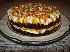 Prajitura cu nuca si caramel – Flori's Kitchen Caramel, Tiramisu, Cheesecake, Ice Cream, Sweets, Ethnic Recipes, Desserts, Food, Workshop