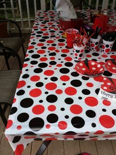 Plastic Table Cloth Clips Will Keep Your Tablecloth In Place In Breezy  Conditions | KITCHEN ORGANIZING | Pinterest | Plastic Table Cloths,  Organizing And ...