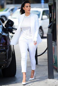 Kim Kardashian in a total white look.