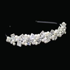Ellie K Akina is a sophisticated wedding headband in a geometric design. Square Swarovski crystal diamantes and pearl accents are combined in Ellie K Akina Sophisticated Wedding, Wedding Headband, Crystal Wedding, Wedding Accessories, Floral Wedding, Swarovski Crystals, Sparkle, Pearls, Bridal