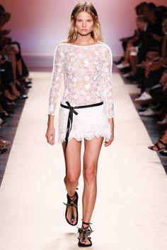 Isabel Marant Spring 2014 RTW. #IsabelMarant #Spring2014 #PFW white. floral. lace. petal hem. black and white. sheer.