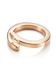 Efva Attling Heavy Twist Gold Ring, $3,125; efvaattling.com   - ELLE.com