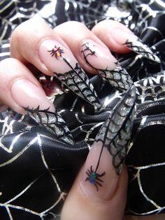 Extra Halloween Nail Art - NAILS Magazine