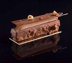 2,486 mentions J'aime, 15 commentaires – KB-Gourmandises (@karim.bourgi) sur Instagram : « Liselotte biscuit moelleux noisettes- croustillant praliné feuilletine- caramel onctueux-… »