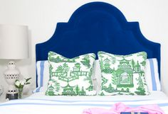 Deep blue velvet headboard and green Asian pillows together - so chic Beautiful Bedrooms, Interior, Blue Headboard, Green Rooms, Blue Velvet Headboard, Eclectic Bedroom, Chinoiserie Pillows, Velvet Headboard, Headboard Shapes