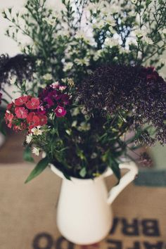 Autumn Wedding Inspiration. Vintage Wedding, Autumn Wedding Bouquet. Autumn wedding decor Rik Pennington Photography