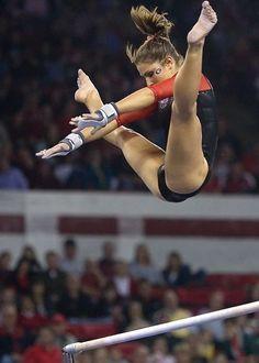 Courtney Kupets (USA) Artistic Gymnastics HD Photos Source by Gymnastics Flexibility, Acrobatic Gymnastics, Sport Gymnastics, Olympic Gymnastics, Olympic Games, Gymnastics Problems, Tumbling Gymnastics, Amazing Gymnastics, Gymnastics Photography
