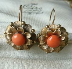 9ct Gold Coral Flower Earrings. Stunning for summer! #coral #jewellery
