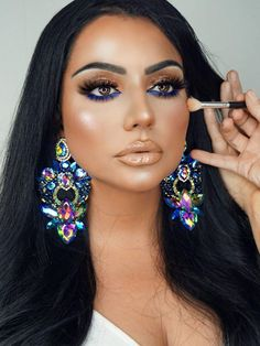 Full Face Makeup, Skin Makeup, Eyeshadow Looks, Eyeshadow Makeup, Makeup Tips, Beauty Makeup, Easy Makeup Tutorial, Africa Dress, Earring Trends
