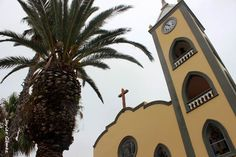 Plaza de la iglesia en La Guancha Baja. Tenerife. Islas Canarias