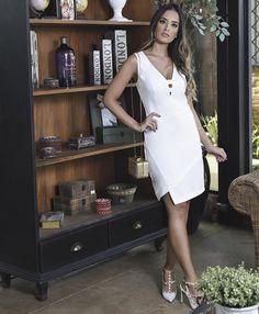 """Dress vestido social branco Eva bella - Eva Bella Oficial ♥ (@evabellaoficial) no Instagram: """"Um vestido nada básico, must have da estação! #EvaBella #Inverno #Lancamento"""""""