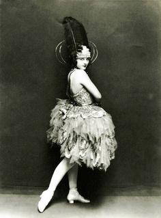 The Jazz Era – Fashion in the Burlesque Vintage, Vintage Circus, Retro Vintage, Cabaret, Belle Epoque, Vintage Beauty, Vintage Fashion, Ziegfeld Girls, Bollywood