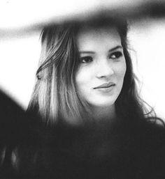 @hardtosayno   Kate Moss