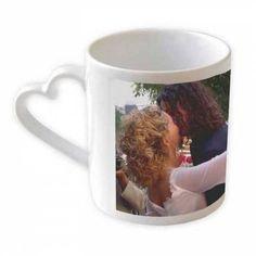 Perfecto para regalar a la persona que más quieres,  personaliza esta taza con una bonita foto y sin duda sorprenderás a tu enamorad@. Si lo prefieres puedes poner más de una foto en la taza, nosotros te elaboramos un collage totalmente gratis. 10,50€