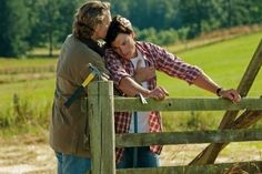 Smallville - John Schneider Really Cares about Tom Welling! Lois And Clark Smallville, Smallville Quotes, Kent Farm, Waiting For Superman, Jonathan Kent, John Schneider, Beau Mirchoff, Chad Michael Murray, Christopher Reeve