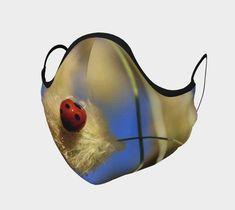 Couvre-visage par Louise Tanguay | Boutique | Art of Where Boutique, Art, Faces, Accessories, Art Background, Kunst, Performing Arts, Boutiques, Art Education Resources
