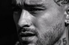 """A quasi tre anni dall'uscita del precedente Icarus Falls, l'atteso terzo album di Zayn Malik è finalmente stato condiviso col pubblico The post Il nuovo album di Zayn è arrivato: ascolta """"Nobody is Listening"""" appeared first on Billboard Italia."""
