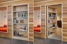 """Bücherregal, hinter dem sich eine Geheimtür versteckt. """"Bookcase Door"""" by DeForest Architects"""