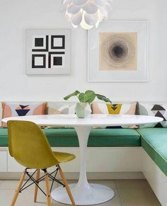 HGTV loves this colorful, modern dining nook with banquette seating and a white tulip table. Modern House Design, Modern Interior Design, Home Design, Design Ideas, Design Trends, Design Projects, Mid Century Modern Design, Design Styles, Blog Design