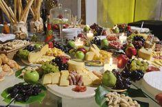 mesas de queso pan y vino - Buscar con Google