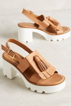Pampas Sandals by Jeannot #anthrofave #anthropologie