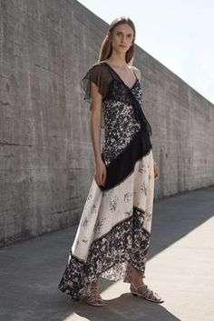 Jason Wu Grey Resort 2019 Fashion Show Collection: See the complete Jason Wu Grey Resort 2019 collection. Look 23