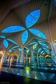 Incredible Pictures: Kuala Lumpur Mosque, Malaysia