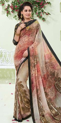 You can be confident to make a effective fashion statement with this multi colour faux georgette printed saree. The gorgeous print work a considerable feature of this attire. Comes with matching blous. Latest Indian Saree, Indian Sarees Online, Indian Beauty Saree, Sabyasachi Sarees, Georgette Sarees, Lehenga, Indian Dresses, Indian Outfits, Beautiful Saree
